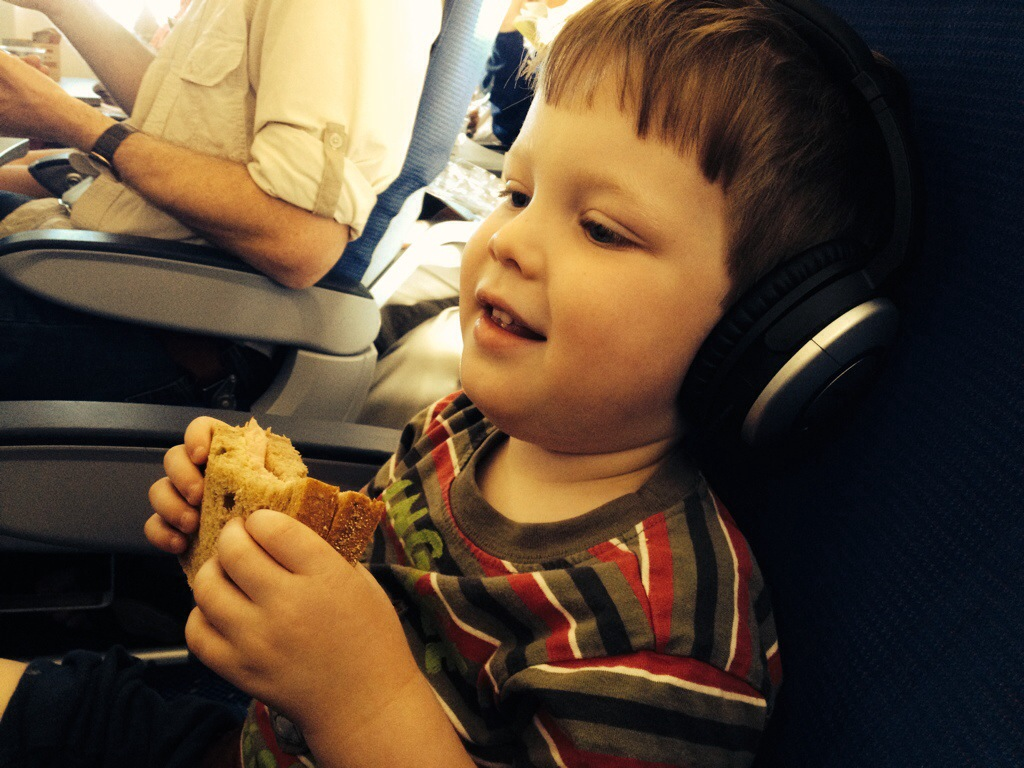 Toddler airplane travel tips